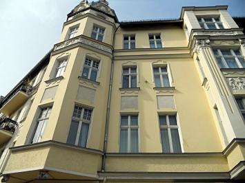 Berlino, Schoeneberg, due appartamenti collegati in vendita