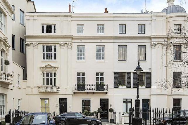 Londra, Victoria, elegante proprietà su 5 livelli