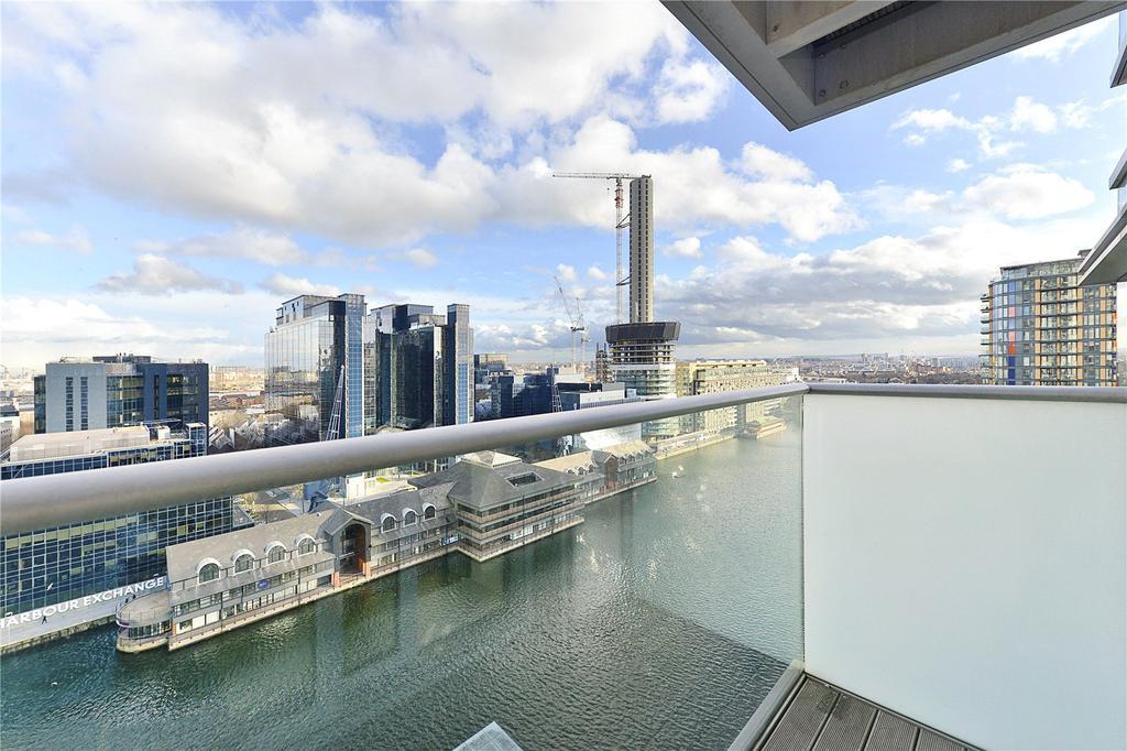Canary Wharf, bilocale con vista sul fiume in vendita