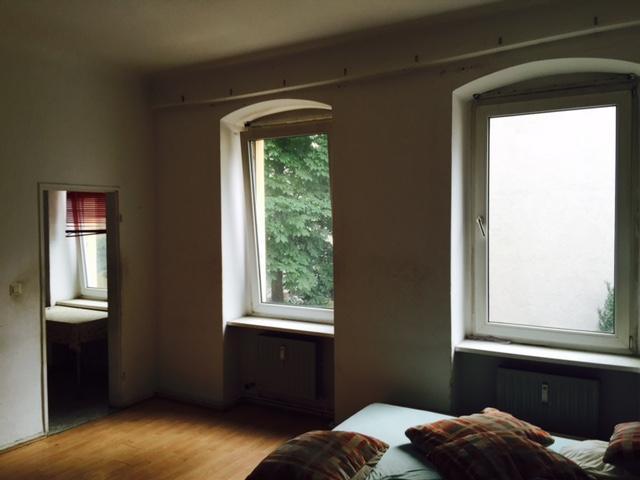 Berlino, studio libero in edificio d'epoca a Schoeneberg